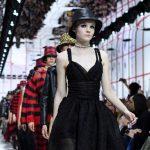 """Dior chăm sóc khách mời """"đến tận chân răng"""" cho show diễn Cruise 2020 ở Marrakech, Ma-rốc"""