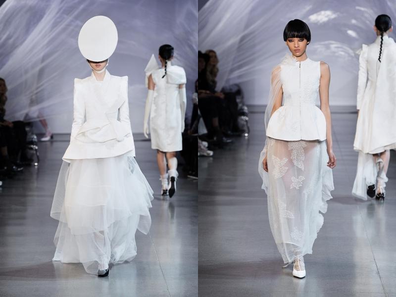 """""""Để truyền tải được nét đẹp mỏng manh của người phụ nữ Á Đông, My lựa chọn cách phối chất liệu mỏng nhẹ bên ngoài và bên trong sẽ là lớp được may thành khung để tạo cấu trúc cho trang phục. Bên cạnh đó, còn có các chi tiết bắt sáng sẽ được đính kết ẩn hiện dưới các lớp vải tạo hiệu ứng khi người mẫu trình diễn trên sàn catwalk"""" - NTK Phương My nói thêm về BST mới. Chất liệu vải xuyên suốt BST có thể thấy như: lụa thô, cotton lụa, organza, vải tuyn lụa, ren, đến dạ dệt kim, được đặt dệt riêng tại Ý và Nhật Bản."""
