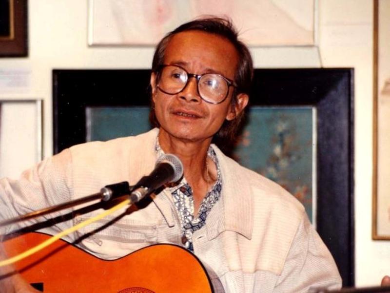 Cố nhạc sĩ Trịnh Công Sơn (28/2/1939 – 1/4/2001). Ông quê tại làng Minh Hương, tổng Vĩnh Tri, huyện Hương Trà, tỉnh Thừa Thiên Huế. Trịnh Công Sơn là một trong những nhạc sĩ lớn nhất của Tân nhạc Việt Nam.