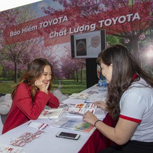 """Trải nghiệm những khu phố Toyota để được """"Chạm. Thử. Tin"""""""