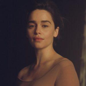 """""""Mẹ Rồng"""" Emilia Clarke: """"Tôi từng suýt chết vì một căn bệnh quái ác khi đóng 'Game of Thrones' """""""