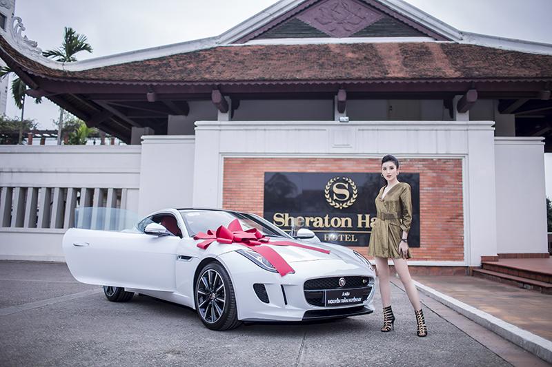 Á hậu Huyền My tậu xế sang thể thao Jaguar F-Type Coupe hơn 6 tỷ đồng