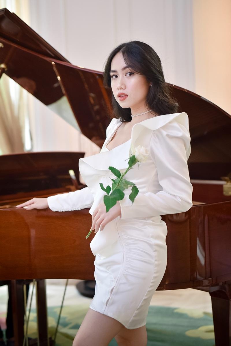 Beauty blogger Mina Nguyễn