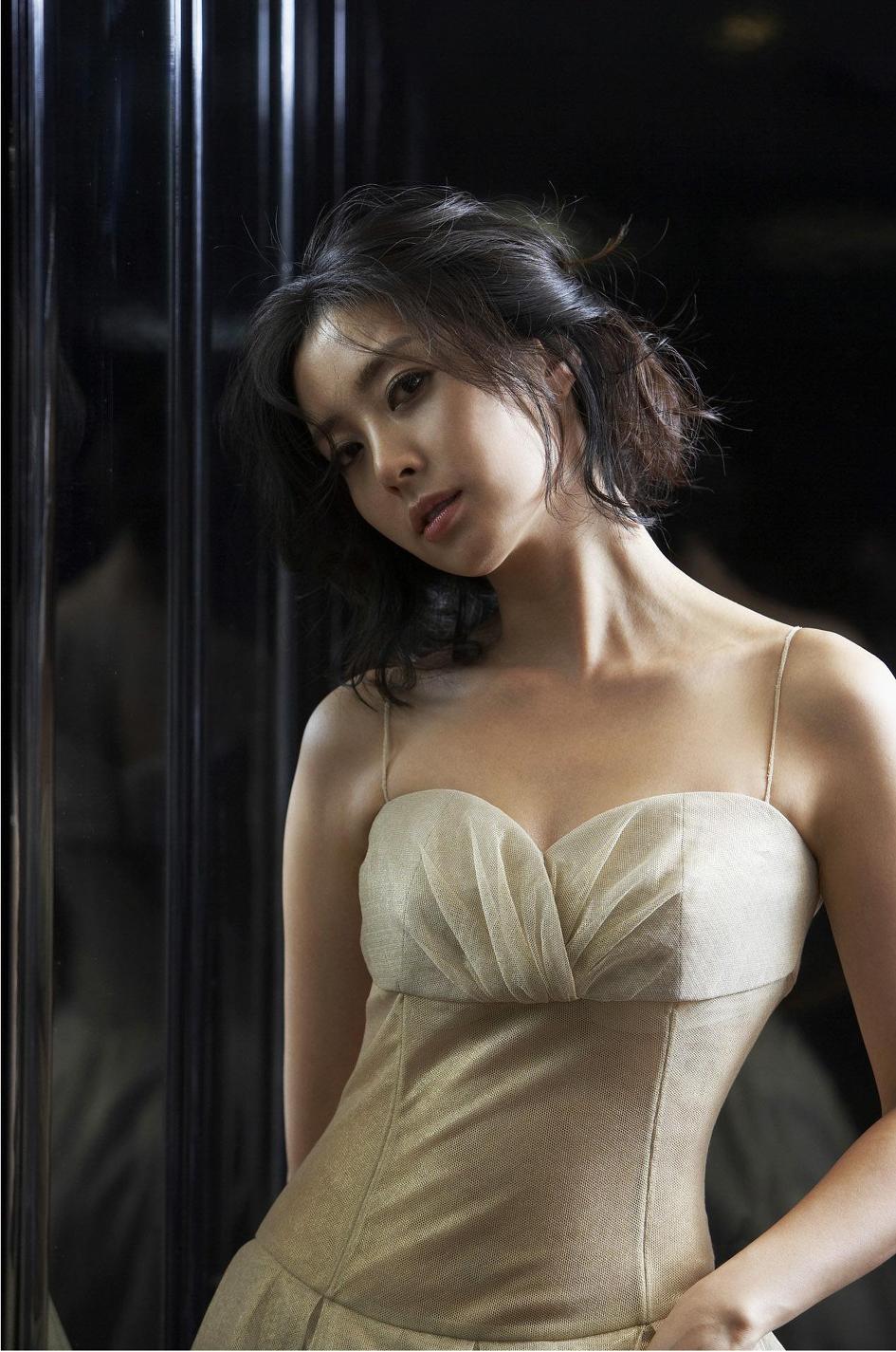 song-yoon-ah-2