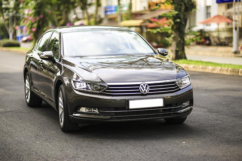 Volkswagen-khuyen-mai-du-lich