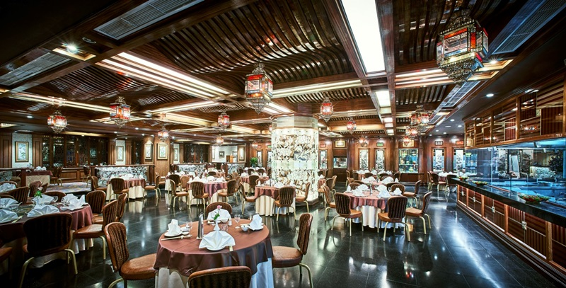 Không gian ẩm thực đẳng cấp tại nhà hàng Ngân Đình.