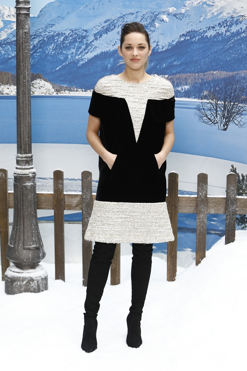 Nữ diễn viên Pháp Marion Cotillard cũng có mặt tại show diễn lần này.