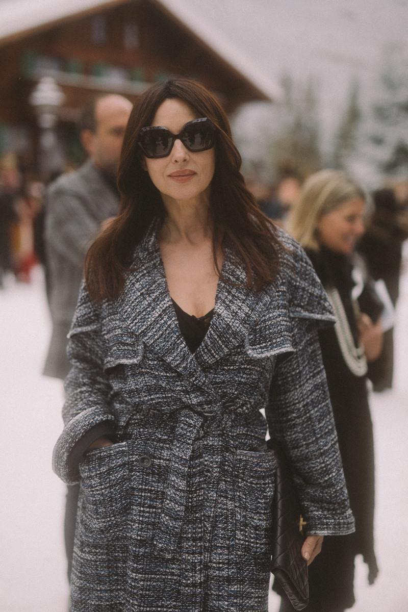 Nữ minh tinh Monica Bellucci luôn biết cách thu hút mọi người với vẻ đẹp quyến rũ bất chấp thời gian của mình.