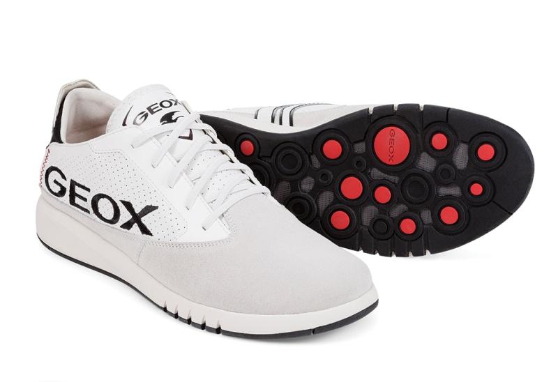 Công nghệ Aerantis của Geox với các van biết thở và khả năng bám dính tối ưu dưới đế giày.