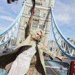 Gói gọn tinh thần London trẻ trung trong nước hoa Burberry Her