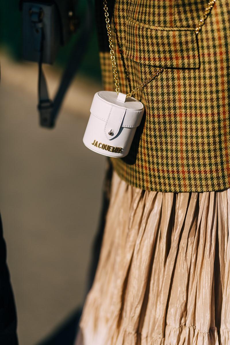 túi xách, màu trắng, street style, xu hướng