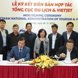 Ký kết biên bản hợp tác xúc tiến, quảng bá du lịchgiữa Tổng cục Du lịch và Vietjet Air