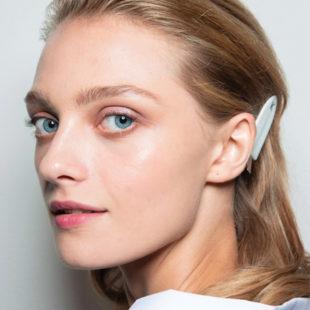 Glowy Skin: Xu hướng trang điểm không bao giờ lỗi mốt