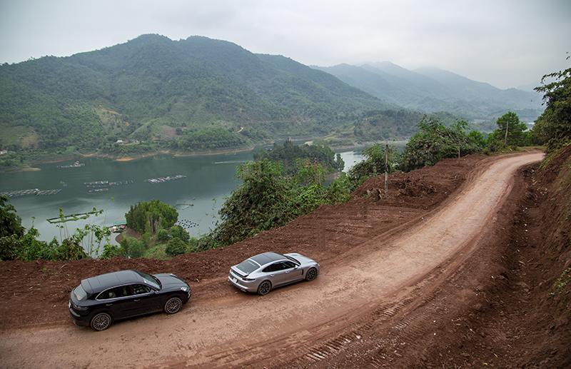 Porsche-cayenne-Panamera