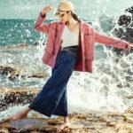 """Cùng Lan Khuê """"dạo chơi"""" trên rặng đá bên bờ biển Phan Rang trong các thiết kế của Chanel"""