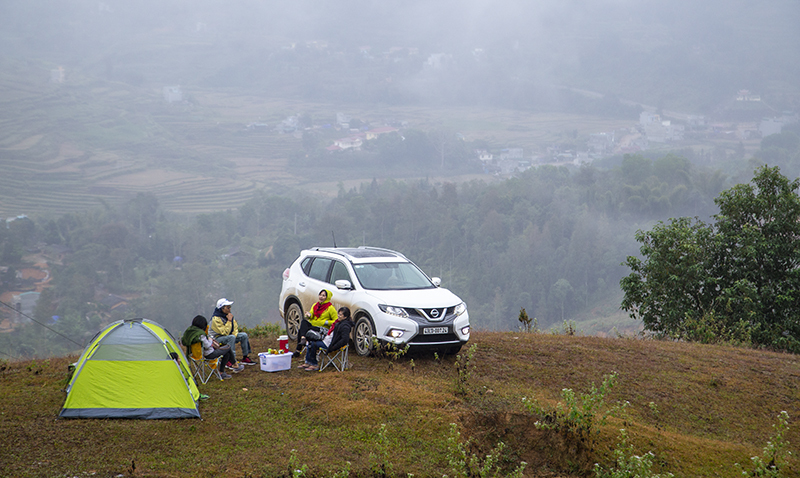 Nissan X-Trail chay dau