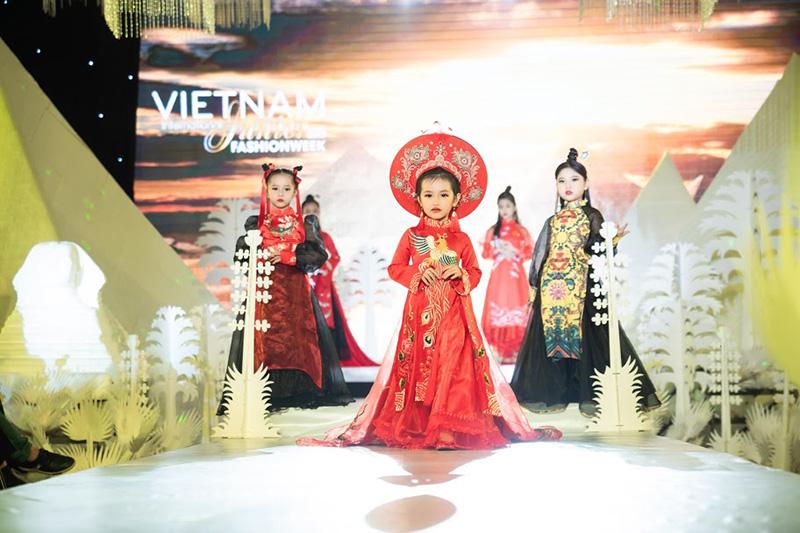 Tuần lễ thời trang trẻ em quốc tế Việt Nam 2019._Đẹp Online