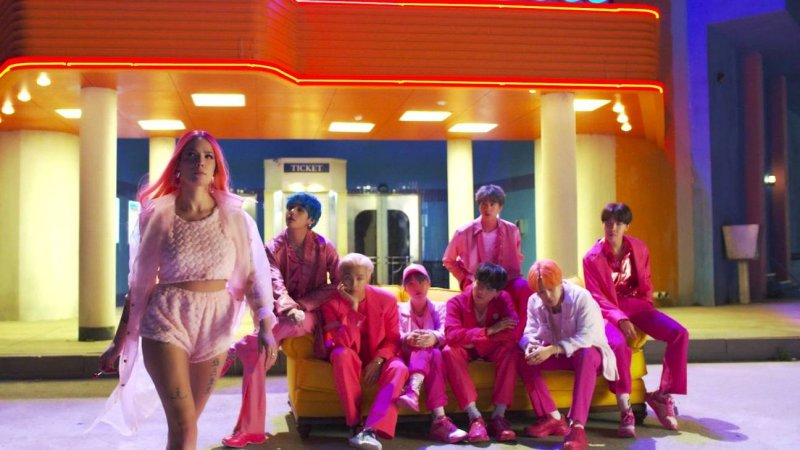 bts, mv, boy with luv, halsey, ariana grande, màu hồng, blackpink, kill this love
