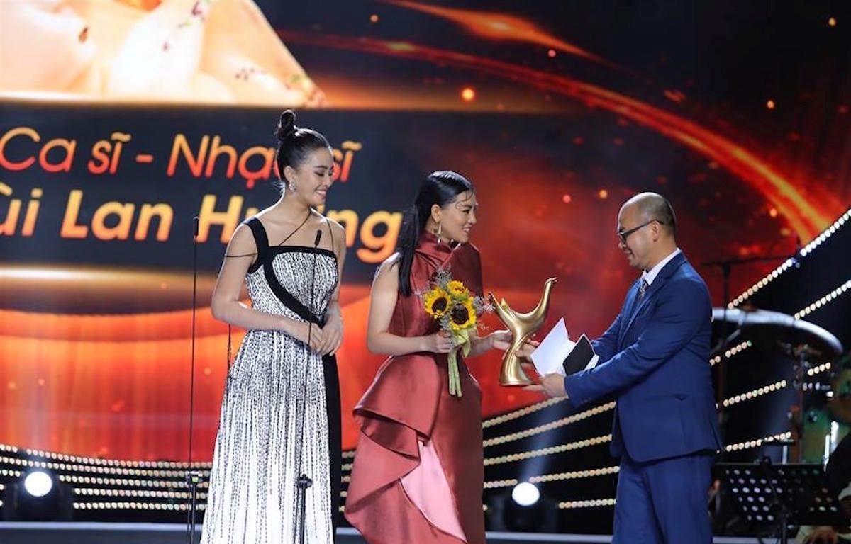 Bùi Lan Hương_Âm nhạc cống hiến 2019_Đẹp Online