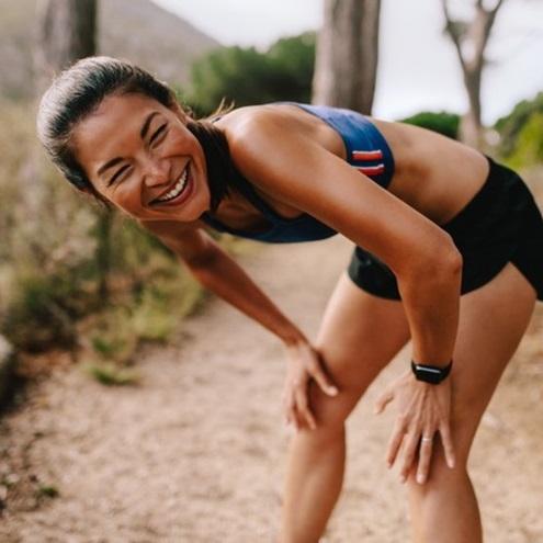 Rèn luyện sức khỏe hay thành đạt tài chính. Đâu mới là điều khiến chúng ta hạnh phúc?