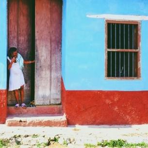 Đến Cuba làm sao bỏ qua trấn cổ Trinidad lạ lùng: bình yên sáng sớm nhưng hội hè bất tận về đêm