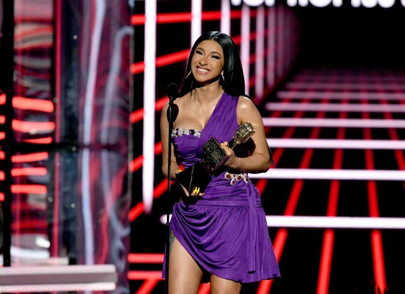 taylor swift, bts, cardi b, billboard music awards, thảm đỏ