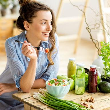 Nên ăn theo chế độ nào khi nồng độ cholesterol trong máu cao?