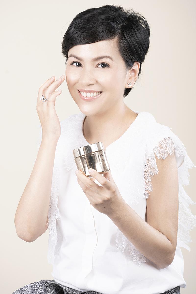 Lancôme Absolue Soft Cream, Nguyễn Trần Hoàng Anh