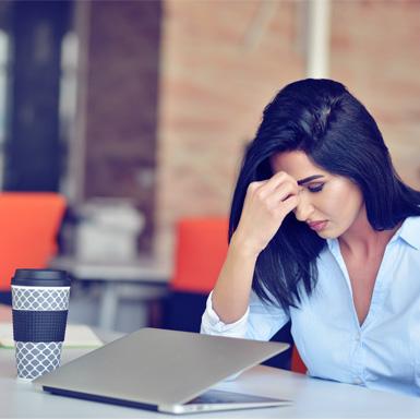 Làm nhiều công việc cùng lúc khiến các bà mẹ dễ bị trầm cảm