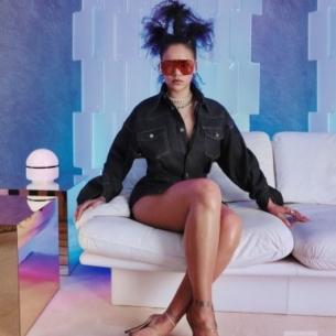 """Thương hiệu thời trang Fenty của Rihanna đã chính thức """"hiện nguyên hình"""""""