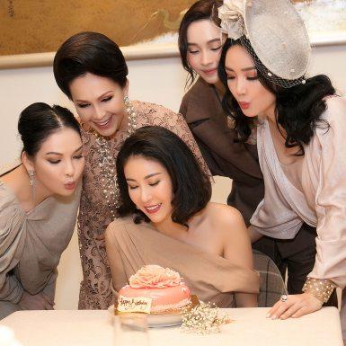 Sắc màu linen sang trọng trong tiệc sinh nhật của Hoa hậu Hà Kiều Anh với những mỹ nhân Việt đình đám