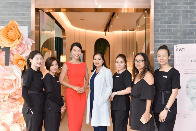 MC Hoàng Oanh hài lòng với dịch vụ nâng cơ Sigma Lift