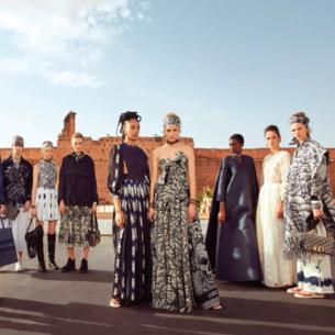 Cruise/Resort 2020: Nữ quyền vẫn tỏa sáng qua các thiết kế của những nhà mốt hàng đầu