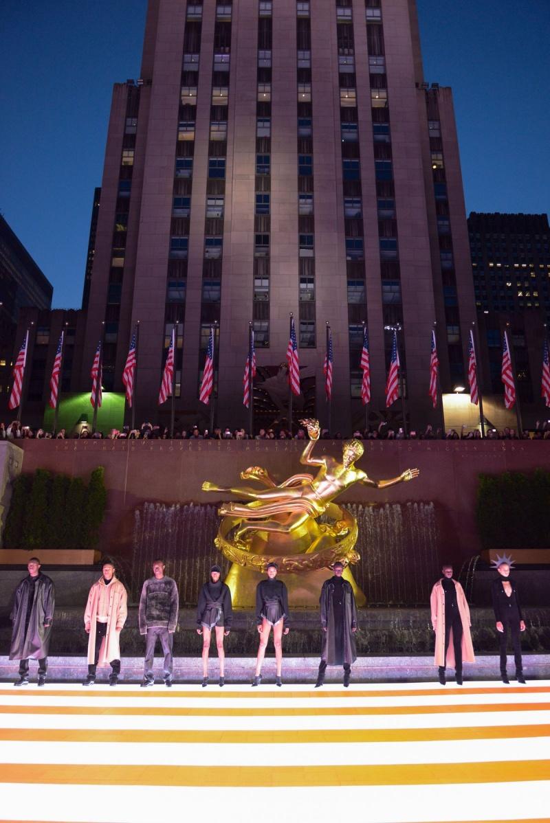 alexander wang, xuân hè 2020, new york, bộ sưu tập, rockefeller