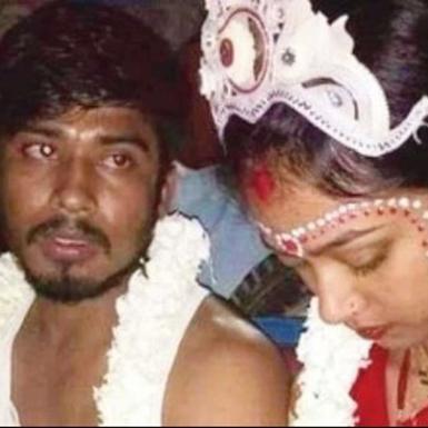 Ấn Độ: Một người đàn ông tuyệt thực để giành lại tình cảm của bạn gái