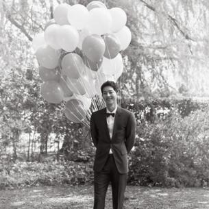 Song Joong Ki sau ly hôn: Đổi một đời tự do nhưng không tránh được cơn lốc thị phi