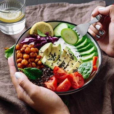Giảm cân bằng chế độ ăn cân bằng pH