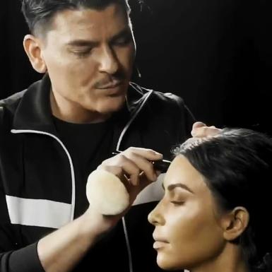 Bí kíp tạo nên lớp nền hoàn hảo của Kim Kardashian hóa ra chính là kỹ thuật này
