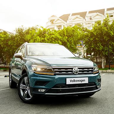 Tiguan Allspace Luxury 2019 thêm 3 trang bị cao cấp cùng màu xanh Petroleum Metalic độc đáo