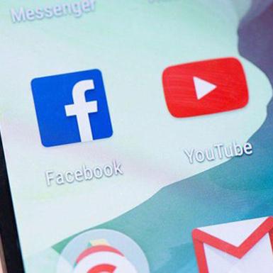 Facebook, YouTube nỗ lực chống lại những nội dung giật gân về sức khỏe