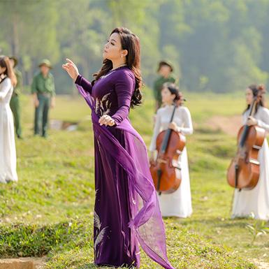 Rơi nước mắt với tác phẩm âm nhạc tri ân các liệt sĩ của NSƯT Tố Nga
