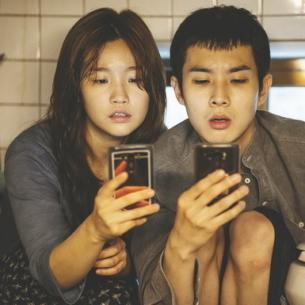 """""""Ký sinh trùng"""": Lời thì thầm kinh dị của đạo diễn Bong Joon-ho"""