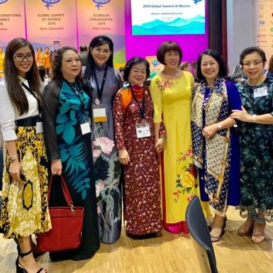 Tổng Giám Đốc IPPG – Bà Lê Hồng Thủy Tiên làm diễn giả tại Hội nghị Thượng đỉnh Phụ nữ Toàn cầu 2019