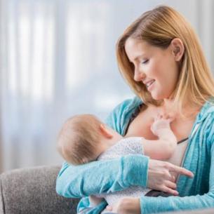 Thế giới có thể tiết kiệm 1 tỷ USD mỗi ngày nếu nuôi con bằng sữa mẹ