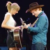 """Cùng nhau lập kỷ lục, Ed Sheeran và Taylor Swift chính là """"đôi bạn thân cùng tiến"""" xuất sắc nhất làng nhạc thế giới"""