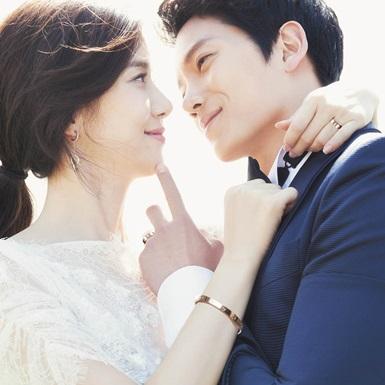 Bí quyết hôn nhân bền vững của Ji Sung – Lee Bo Young: Đi đâu làm gì cũng có nhau!