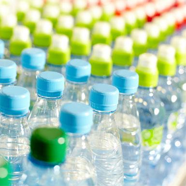 Sân bay San Francisco chính thức 'cấm cửa' chai nhựa dùng một lần