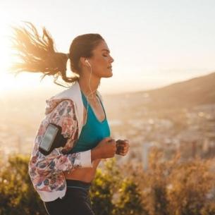 Những ngày nóng nực, làm sao để chạy bộ thoải mái?