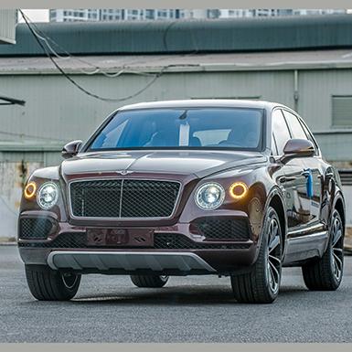"""Bentley Bentayga V8 phiên bản 100 năm màu """"độc"""" thuộc về khách hàng Việt"""