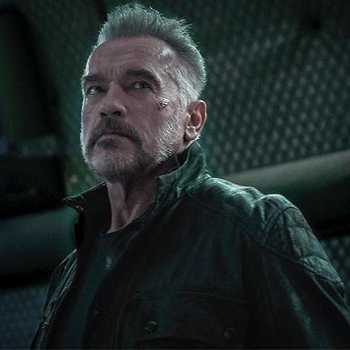 """Hành trình 35 năm làm """"Kẻ Hủy Diệt"""" của ông hoàng phim hành động Arnold Schwarzenegger"""